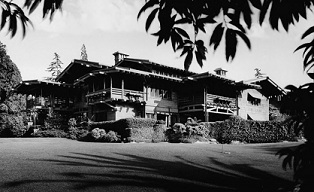 Craftsman Style House, Gamble House from rear